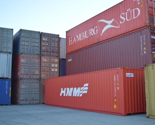 фото грузовых контейнеров