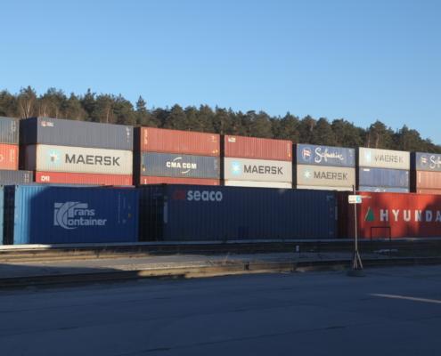 контейнеры на железной дороге