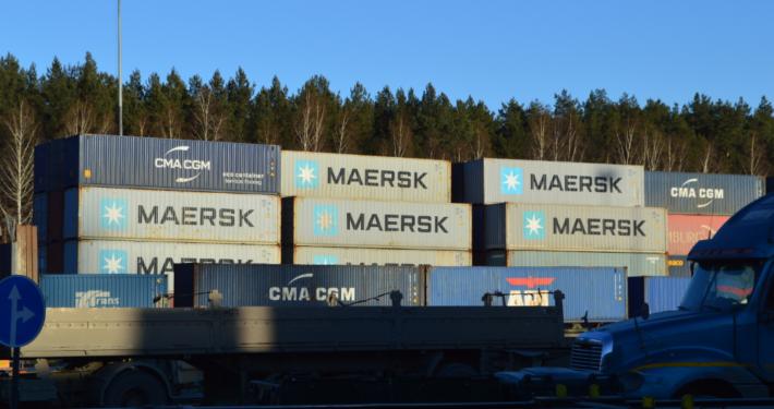 Грузовые контейнеры для грузоперевозки в Москву
